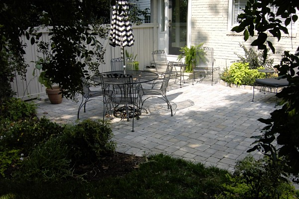 Lighting design consultation raleigh nc durham 2017 for Landscaping rocks wake forest nc